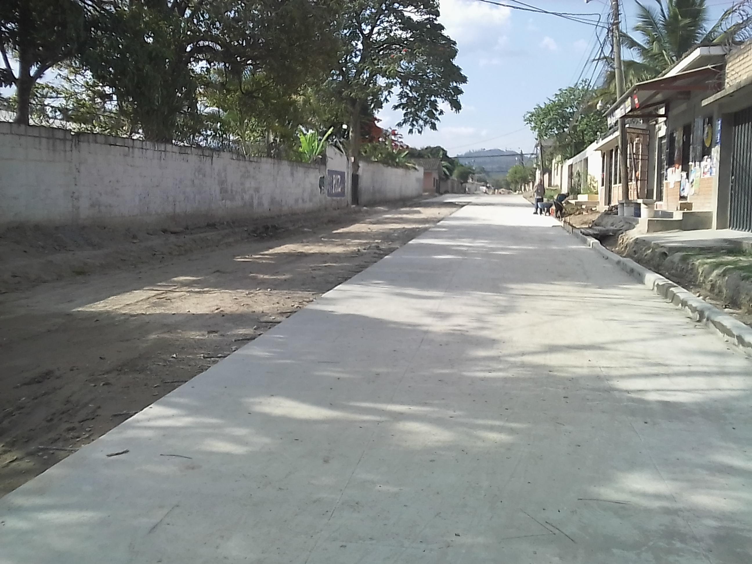 Avanza pavimentación en calle del barrio San Miguel