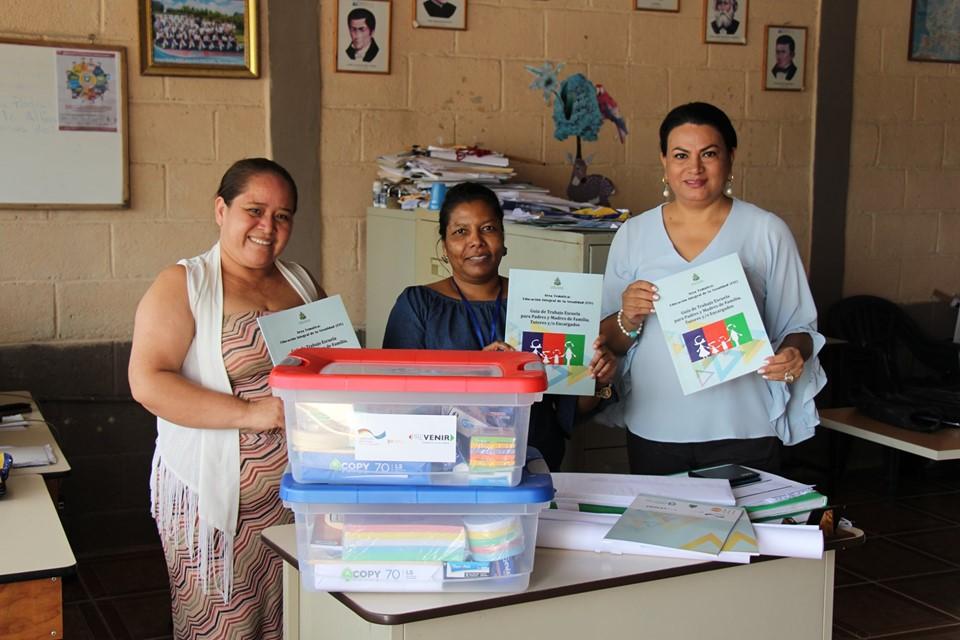Cinco centros educativos de Siguatepeque beneficiados con programa PREVENIR