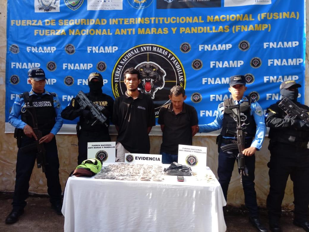 FNAMP captura a «El viejo» y «Vegueta» supuestos miembros de la Mara Salvatrucha en el Carbonal, Ajuterique