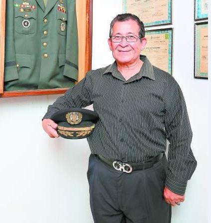 Asesinan coronel retirado en un restaurante capitalino