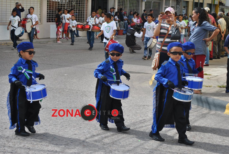 Niños de pre básica derrochan civismo en desfiles del 198 aniversario de independencia en Siguatepeque