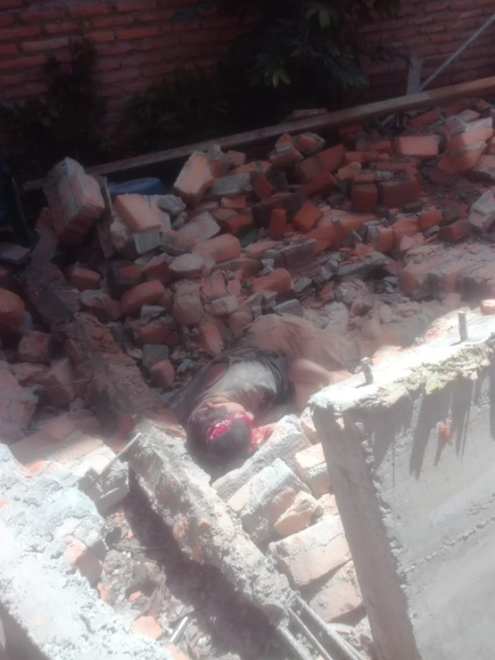 Albañil fallece al caerle un muro en la colonia «21 de febrero»