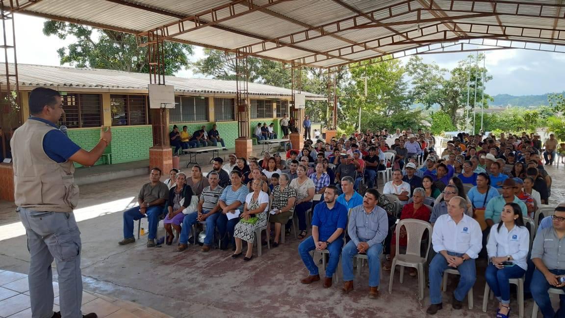 Entregan 250 dominios plenos en Siguatepeque