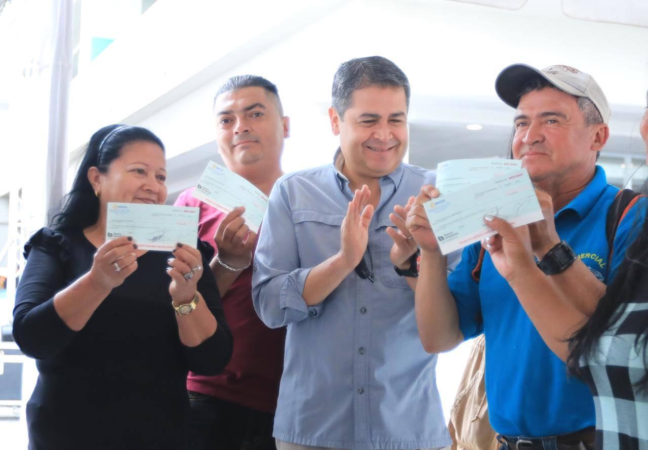 Iniciativas del presidente Hernández: Senprende y Expo Emprende 2020 dan fuerte espaldarazo a microempresarios