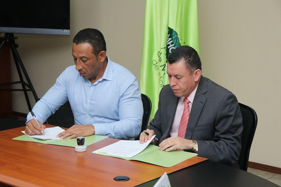 IAIP y AMHON firman convenio para el fortalecimiento de la transparencia y el acceso a la información pública