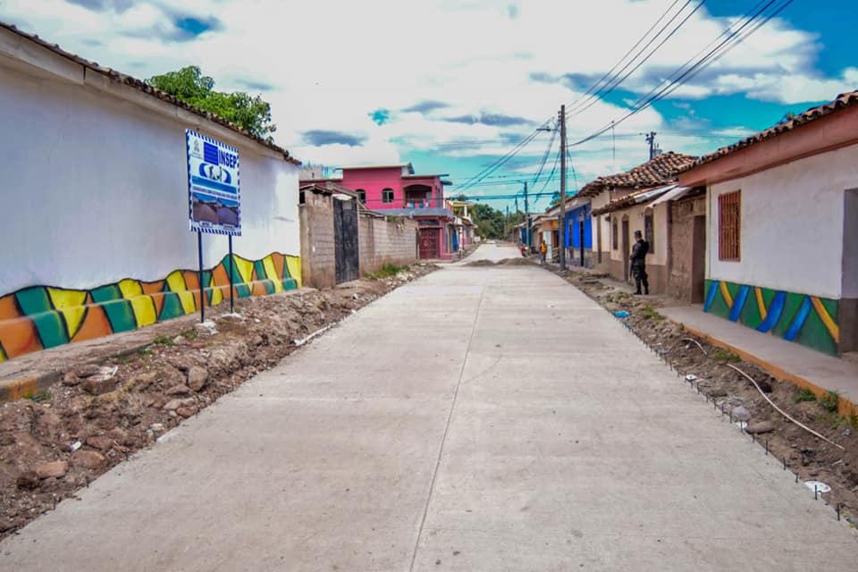 Municipio de Ajuterique es beneficiado con proyecto de Pavimento Municipal