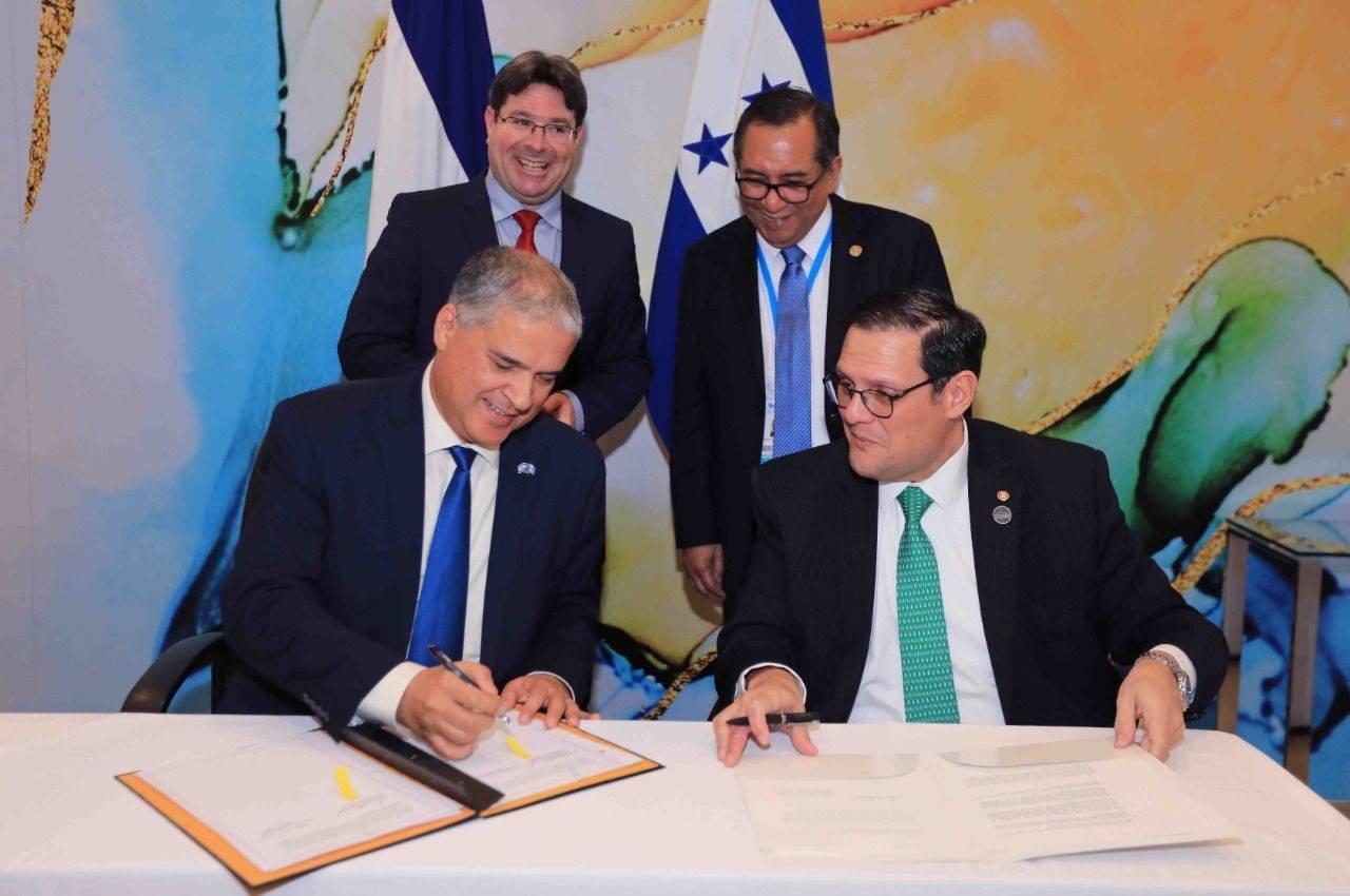 Honduras e Israel firman acuerdos de cooperación en diplomacia, agricultura, salud y educación