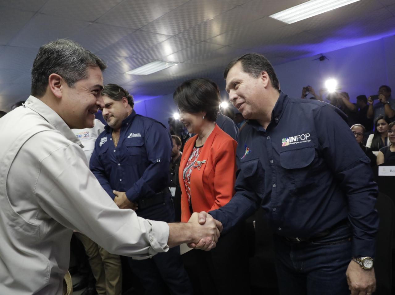 Presidente Hernández inaugura segundo Centro de Capacitación y Calidad de Café
