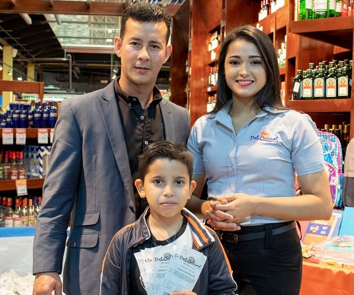 Atención! Ganadores del tercer sorteo «Regreso a clases con mochila llena» Supermercados Del Corral