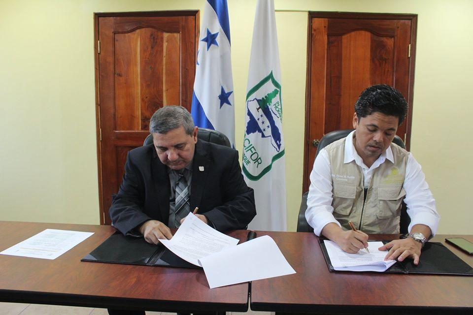 UNACIFOR firmó convenio con el Instituto Hondureño de Antropología (IHAH)