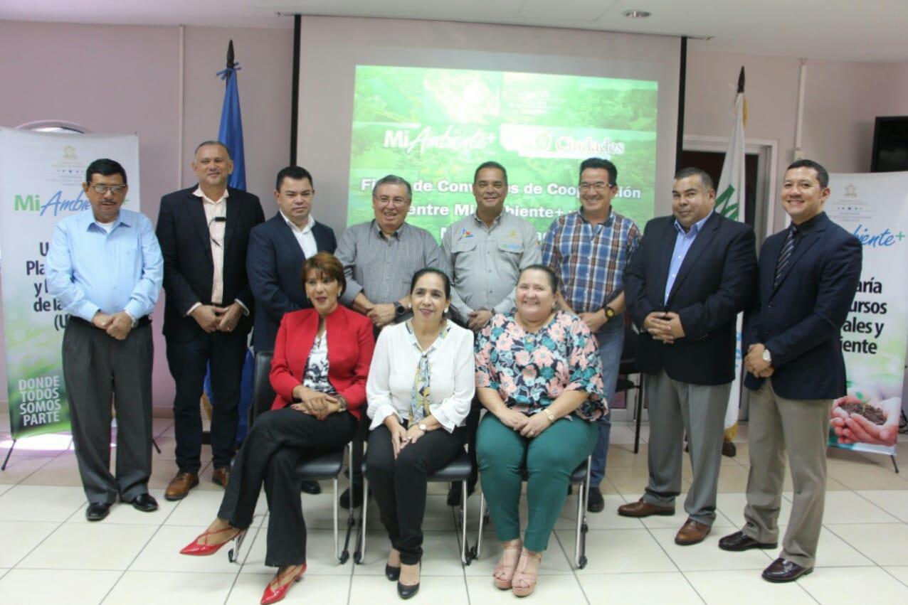 MiAmbiente+ firma convenio con nueve municipios para elaborar los informes Geo Ciudad