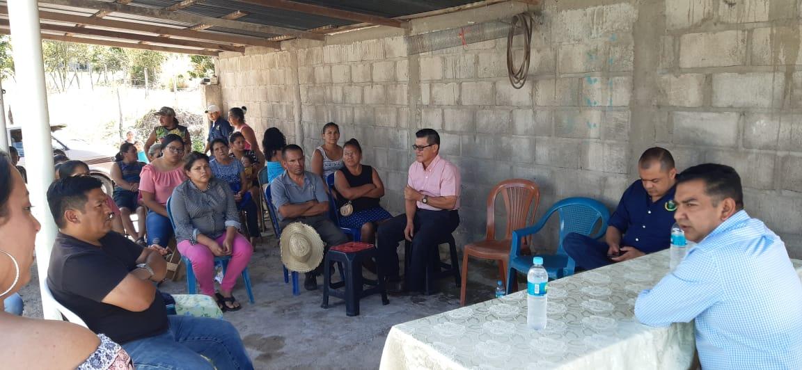 Vecinos de  barrio Calán  contarán con energía eléctrica