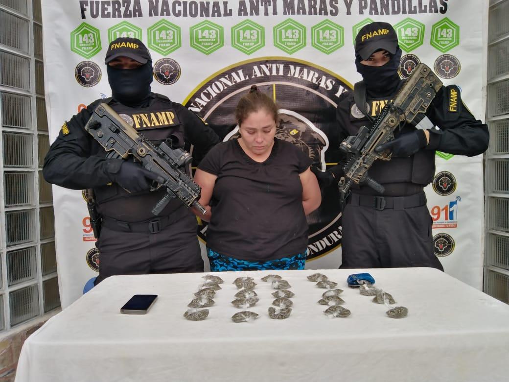 FNAMP detiene a una fémina de las principales distribuidoras de droga en el municipio de San Jerónimo