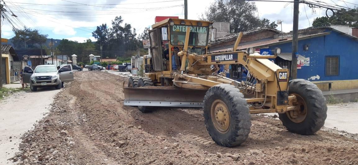Inicia pavimentación en barrio San Juan de Siguatepeque