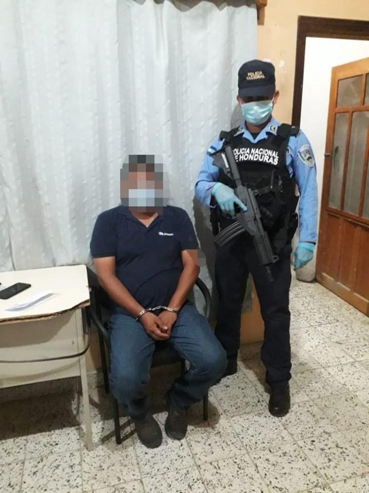 Sujeto es detenido para objetos de investigación por el transporte injustificado de dinero