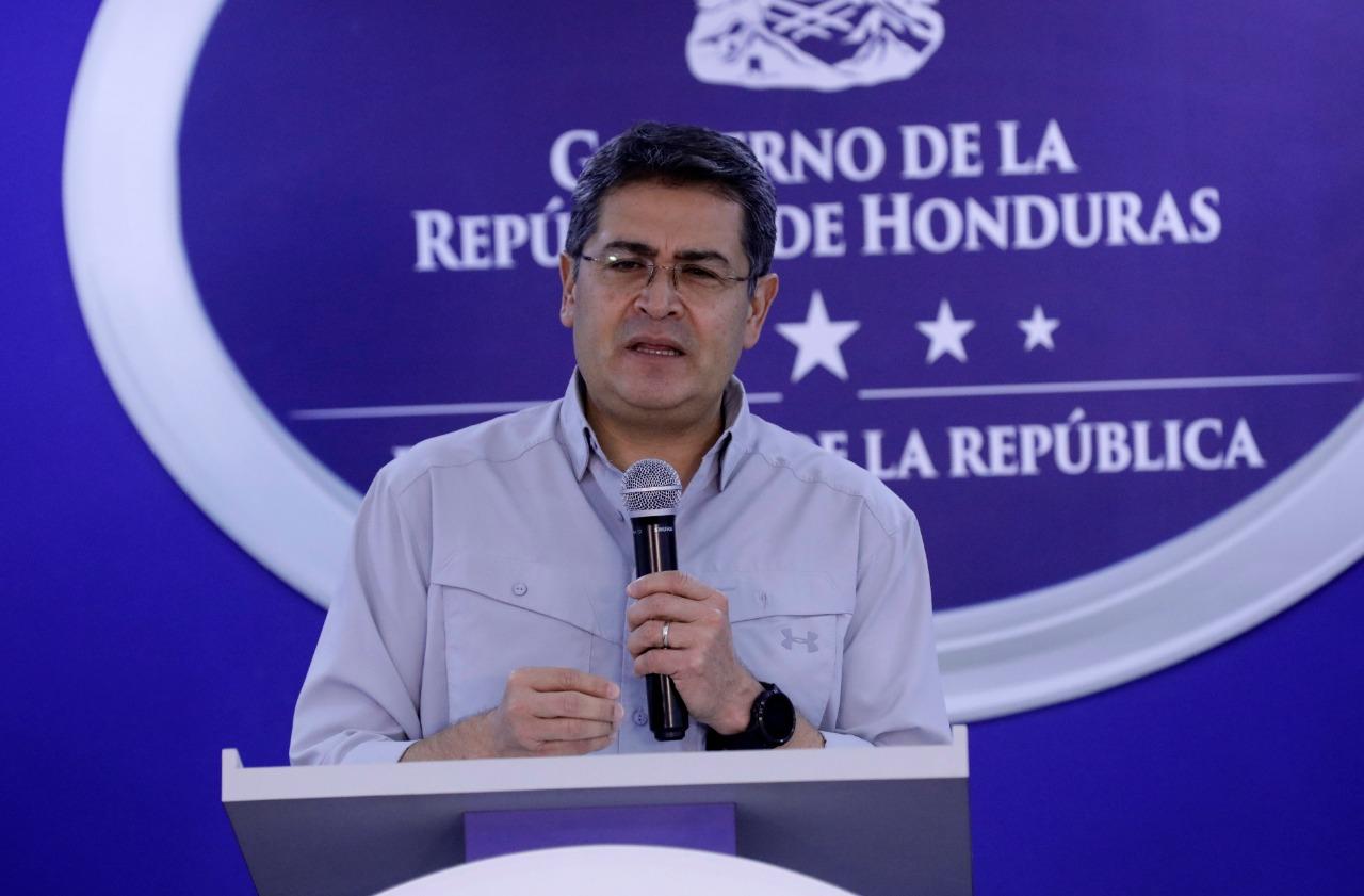 Presidente Hernández ordena suspender cortes de energía durante emergencia por coronavirus