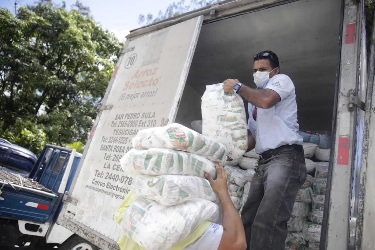 Gobierno garantiza abastecimiento de granos básicos durante emergencia por coronavirus