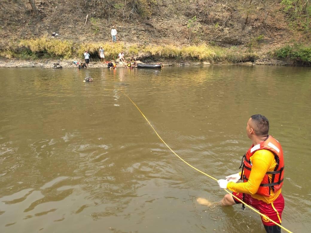 Cuerpo de Bomberos encuentra el cuerpo de Milton Machado en el río Grande de Otoro