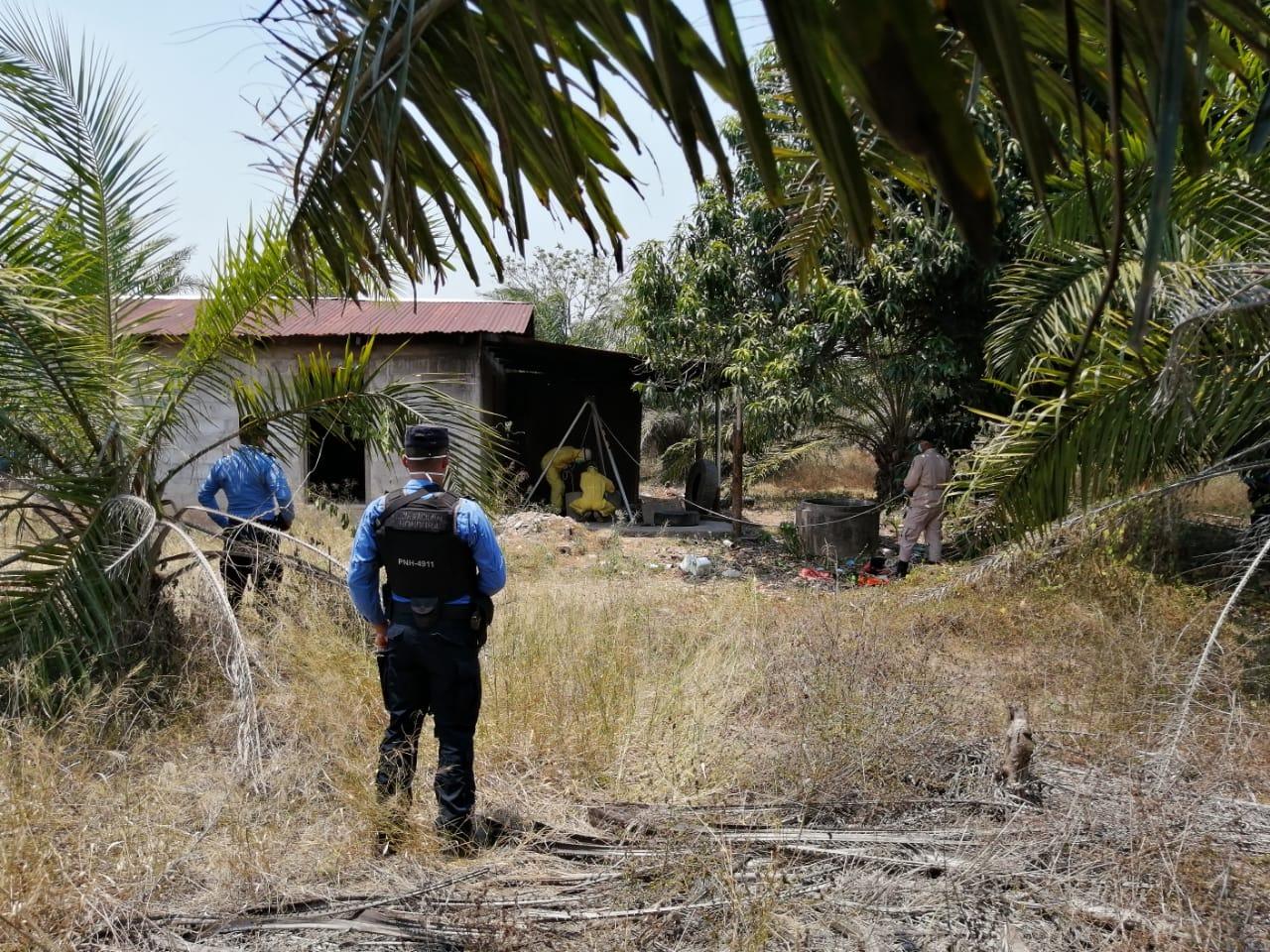 Policía Nacional encuentra varios cuerpos en un pozo