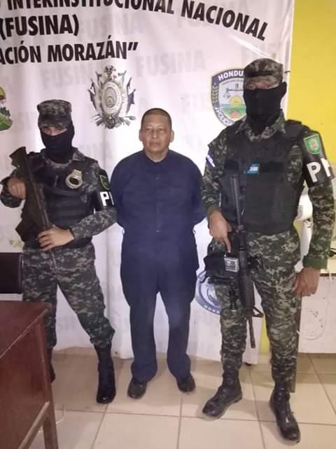 """Ciudadano conocido como el """"Apóstol Santiago"""" es detenido por incumplir disposiciones con motivo de emergencia nacional en #Colón"""