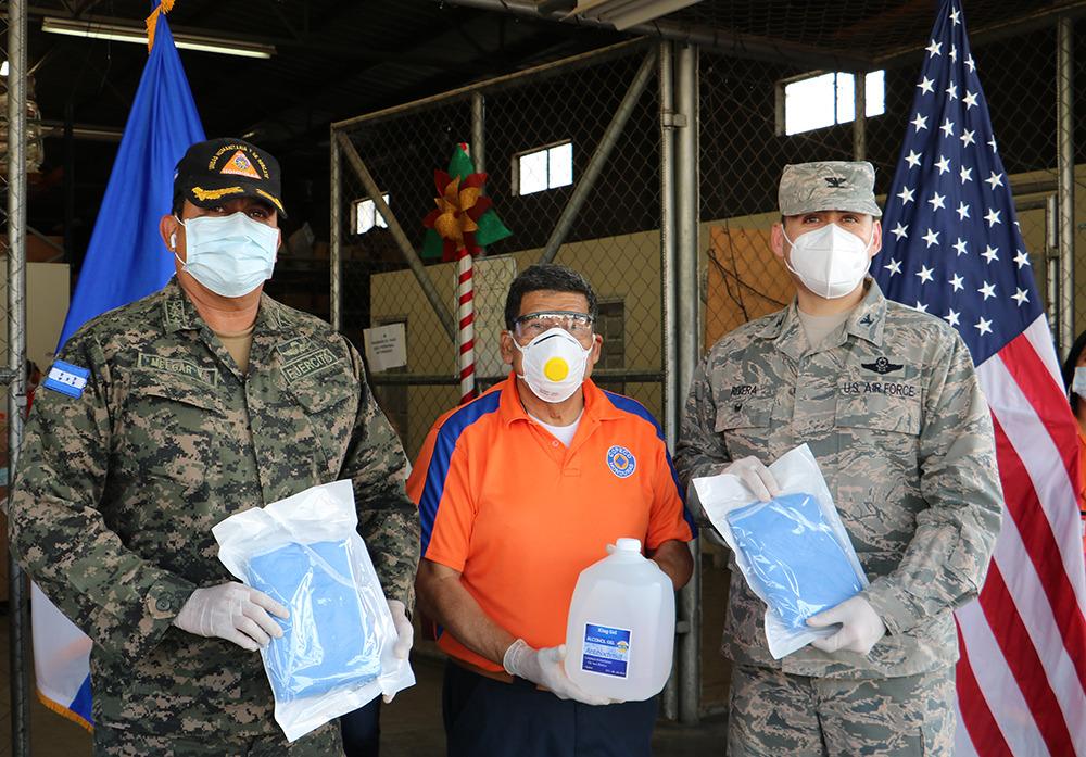 Comando Sur de los Estados Unidos entrega importante donativo de equipos de protección Personal