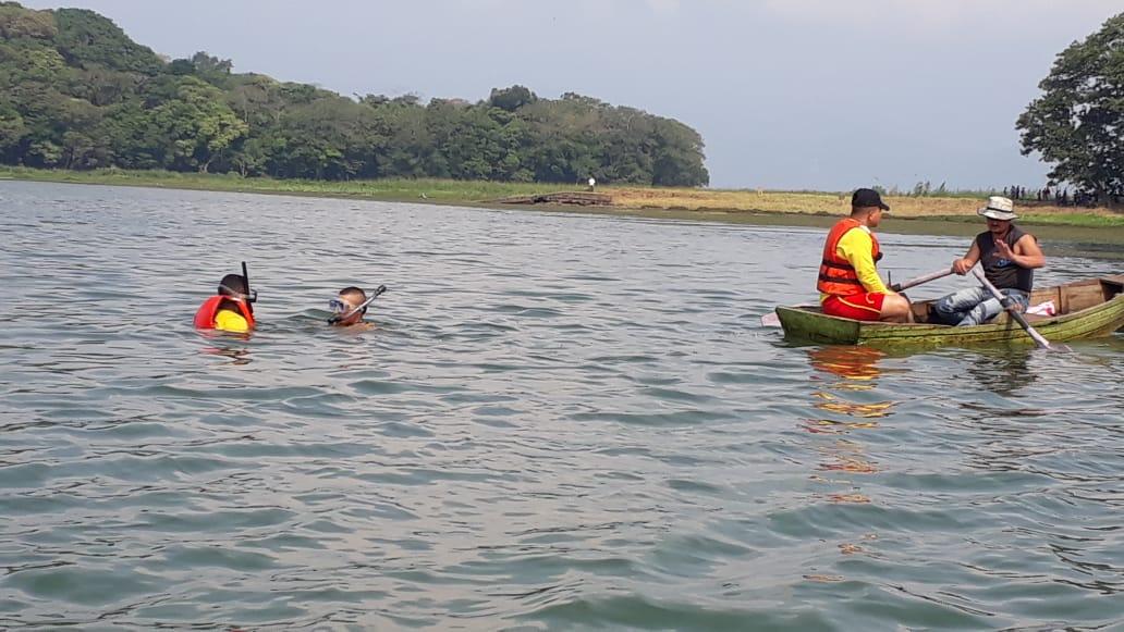 Continua la búsqueda de pescadores desaparecidas en el Lago de Yojoa
