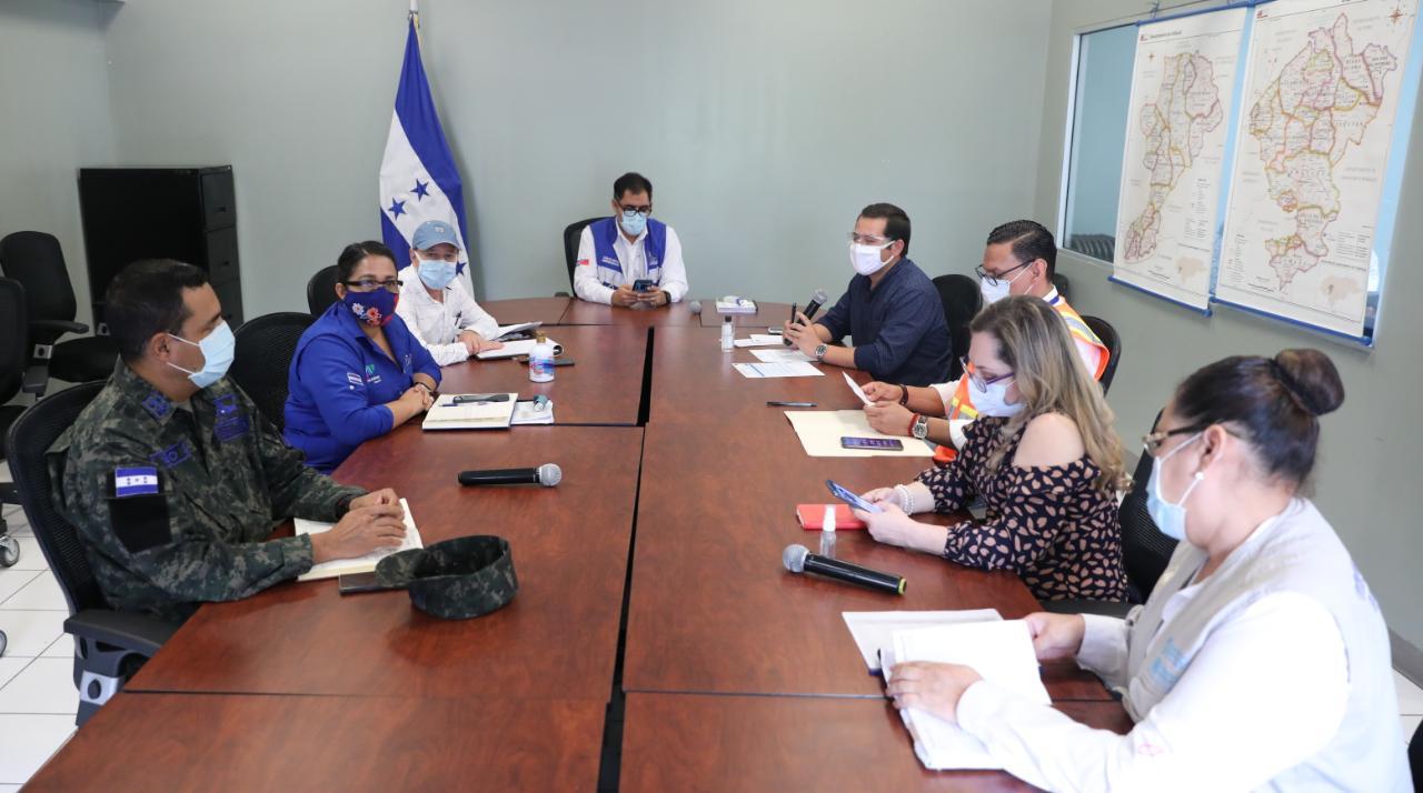 Presidente Hernández felicita a Sinager de Comayagua por acciones de contención del coronavirus
