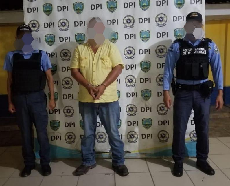Conductores de equipo pesado son detenidos por el delito de tráfico ilegal de personas