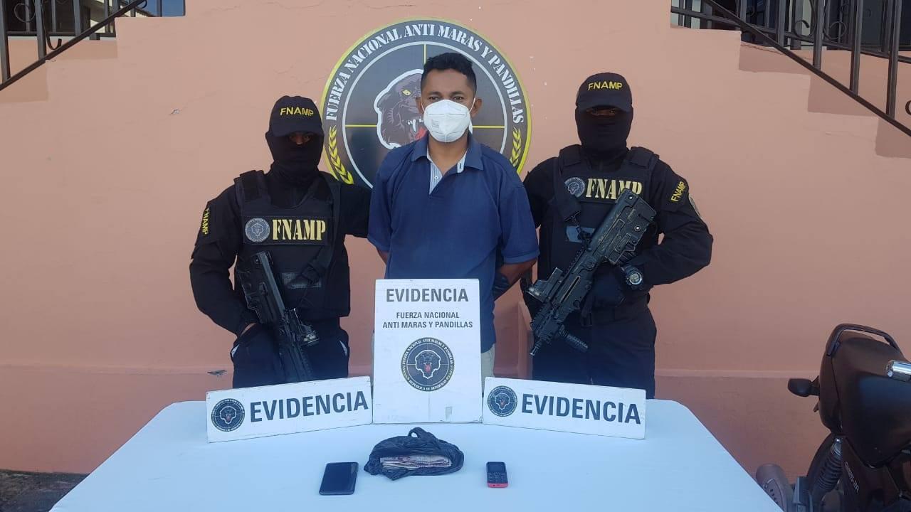 FNAMP captura dos personas involucradas en extorsión y venta de drogas en Tegucigalpa