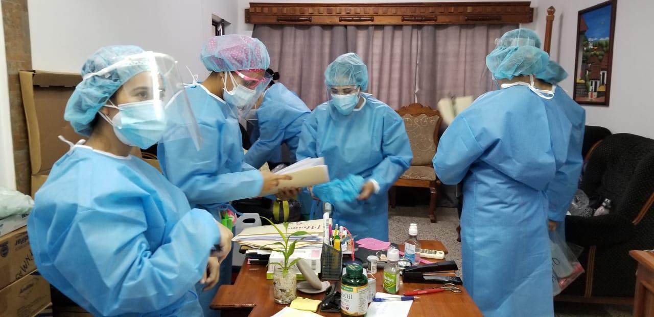 Médicos del INP realizan pruebas rápidas a privados de libertad