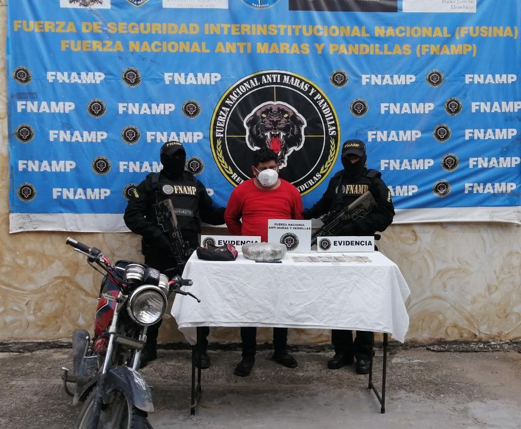 FNAMP detiene a miembro del grupo criminal Mara Salvatrucha MS-13 uno de los principales distribuidores de droga y dedicado al robo de vehículos