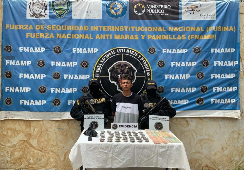«Cristian»desarrolla esta actividad ilícita para esta organización criminal principalmente en la col. Boquin y barrio San Antonio de la Sabana