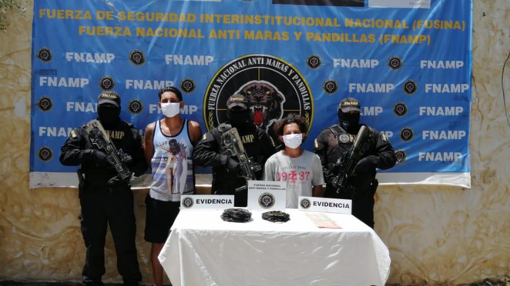 FNAMP captura a dos miembros de la Mara Salvatrucha MS-13 conocidos como «Maluma» y «Jona» dedicados a la venta y distribución de drogas