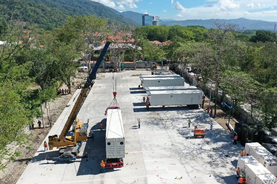 Comienza instalación del hospital móvil de San Pedro Sula