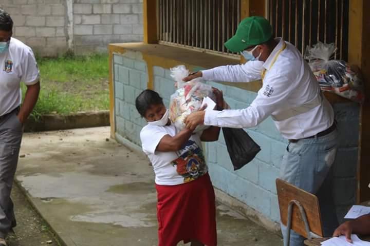 Alcaldía de Comayagua inicia segunda fase de entrega de ayudas alimentarias en todo el municipio