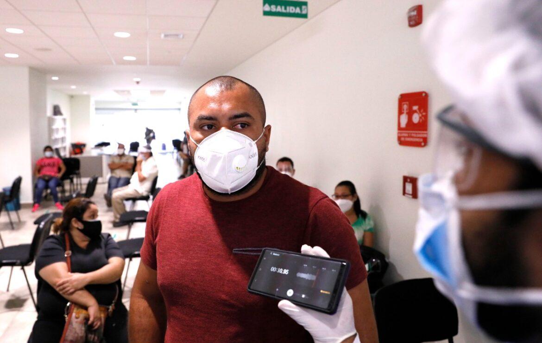 """Reconoce Héctor Ávila, paciente del CCG: """"Yo no creía en los centros de triaje pero ya corroboré que dan beneficio"""""""
