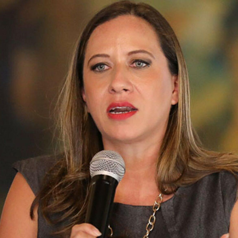 Equipos de la Secretaría de Turismo permanecen en aeropuertos de Tegucigalpa y San Pedro Sula para apoyar a los viajeros