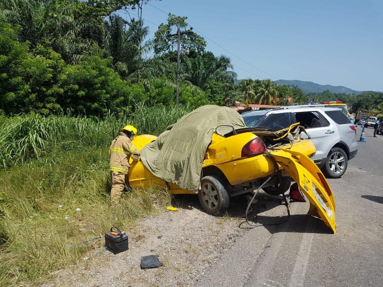 Fatal accidente vial en Pajuiles,Tela deja 5 personas fallecidas
