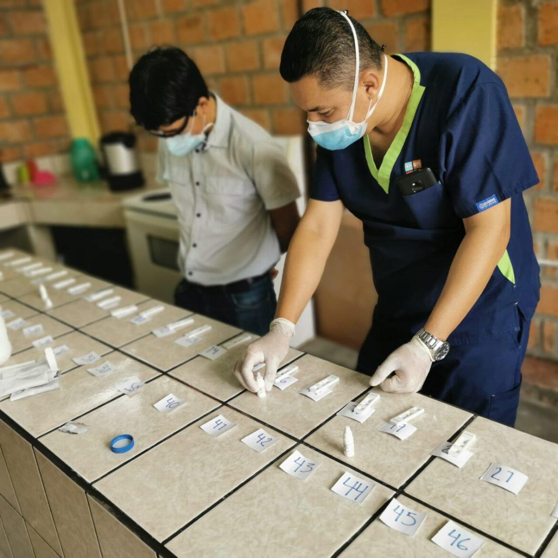 Con tamizajes: Reportan 10 casos positivos de Covid-19 en la colonia Mata de Siguatepeque