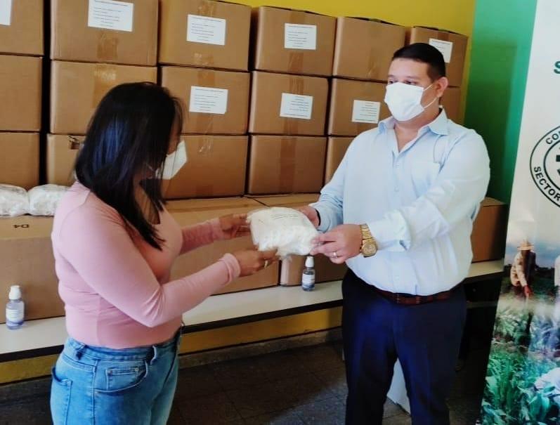 SENPRENDE entrega más de 52 mil mascarillas al Consejo Hondureño del Sector Social de la Economía