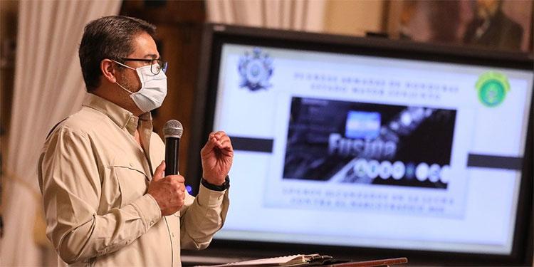 Presidente Hernández reitera respaldo al 100 % a la PMOP y recalca que el que la debe la paga