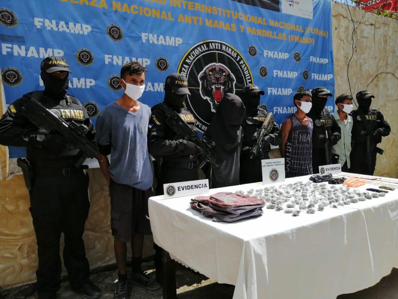 Cinco presuntos vendedores de droga son acusados en Comayagua