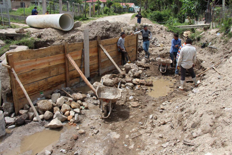 Municipalidad de Siguatepeque construye caja puente en la comunidad de Potrerillos