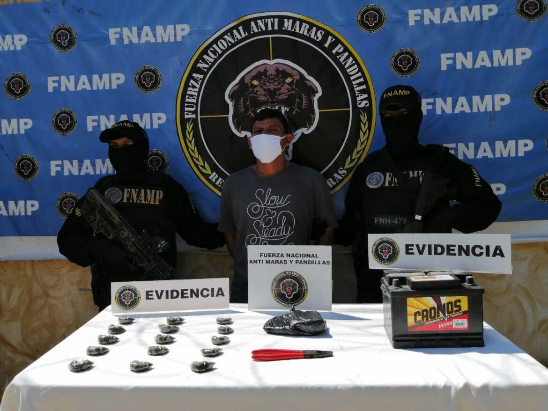 FNAMP arresta individuo en supuesta posesión de droga y por el delito de robo de batería en Comayagua