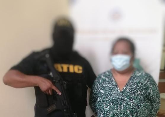 Detención Judicial por asesinato de su clienta