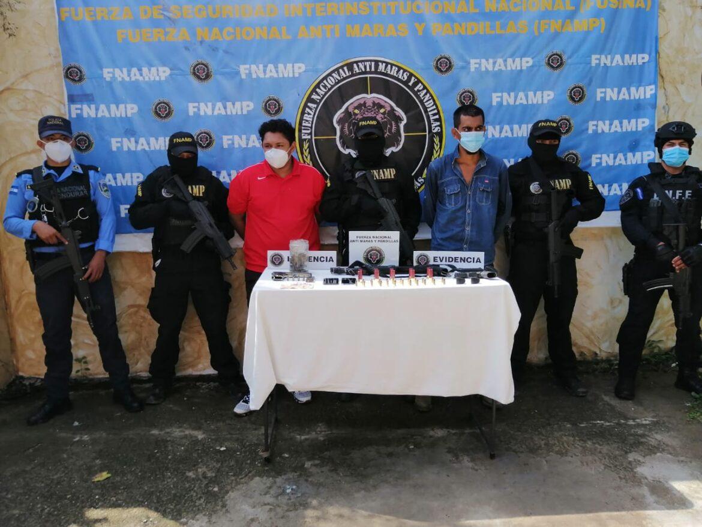 """Mediante la """"Operación Júpiter III"""" FNAMP detiene a dos personas en posesión de armas y droga en el departamento de Comayagua"""