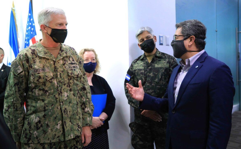 Jefe del Comando Sur de EEUU felicita a Honduras por éxitos en Operación Dominio contra narcotráfico y crimen organizado