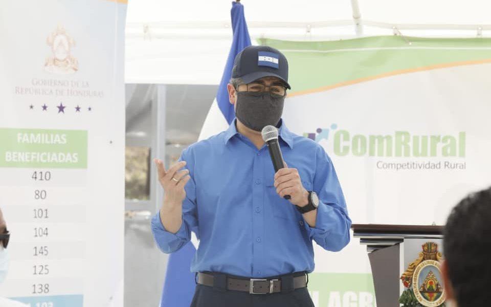 Presidente Hernández inaugura moderna planta para procesamiento de granos en El Paraíso