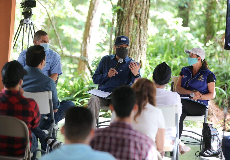 El presidente Hernández visitó el Parque Nacional Celaque, para incentivar el turismo en el Feriado Morazánico