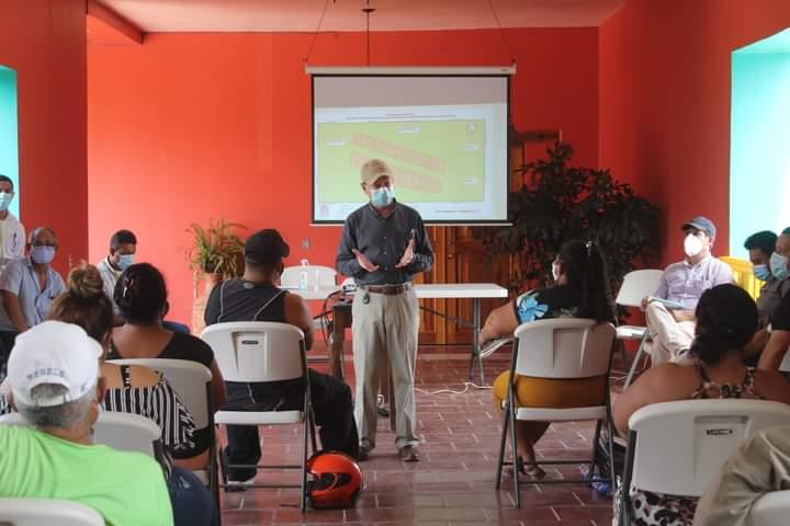 Alcaldía de Comayagua proveerá recursos para alquiler a familias que ocupan derecho de vía mientras finalizan los trámites legales de la compra del terreno